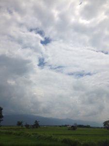東アフリカ 景色 空